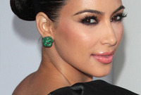 Kim-kardashian-glamazon-makeup-side